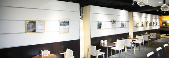 Living Cafe GALLERY(梅田店3F)
